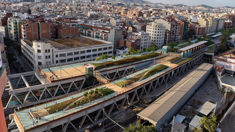 Conhe 199 A Los Jardins De La Rambla De Sants O High Line
