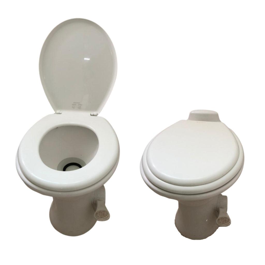 vaso sanitário de meio litro para ilustrar como economizar água